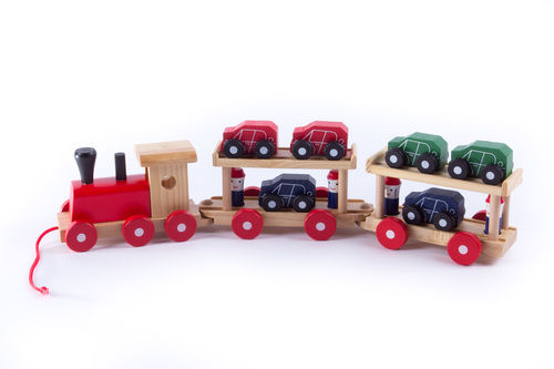 Natural Wood Design Train with 6 Cars & 4 People
