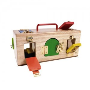 Lock Activity Box by Mamagenius