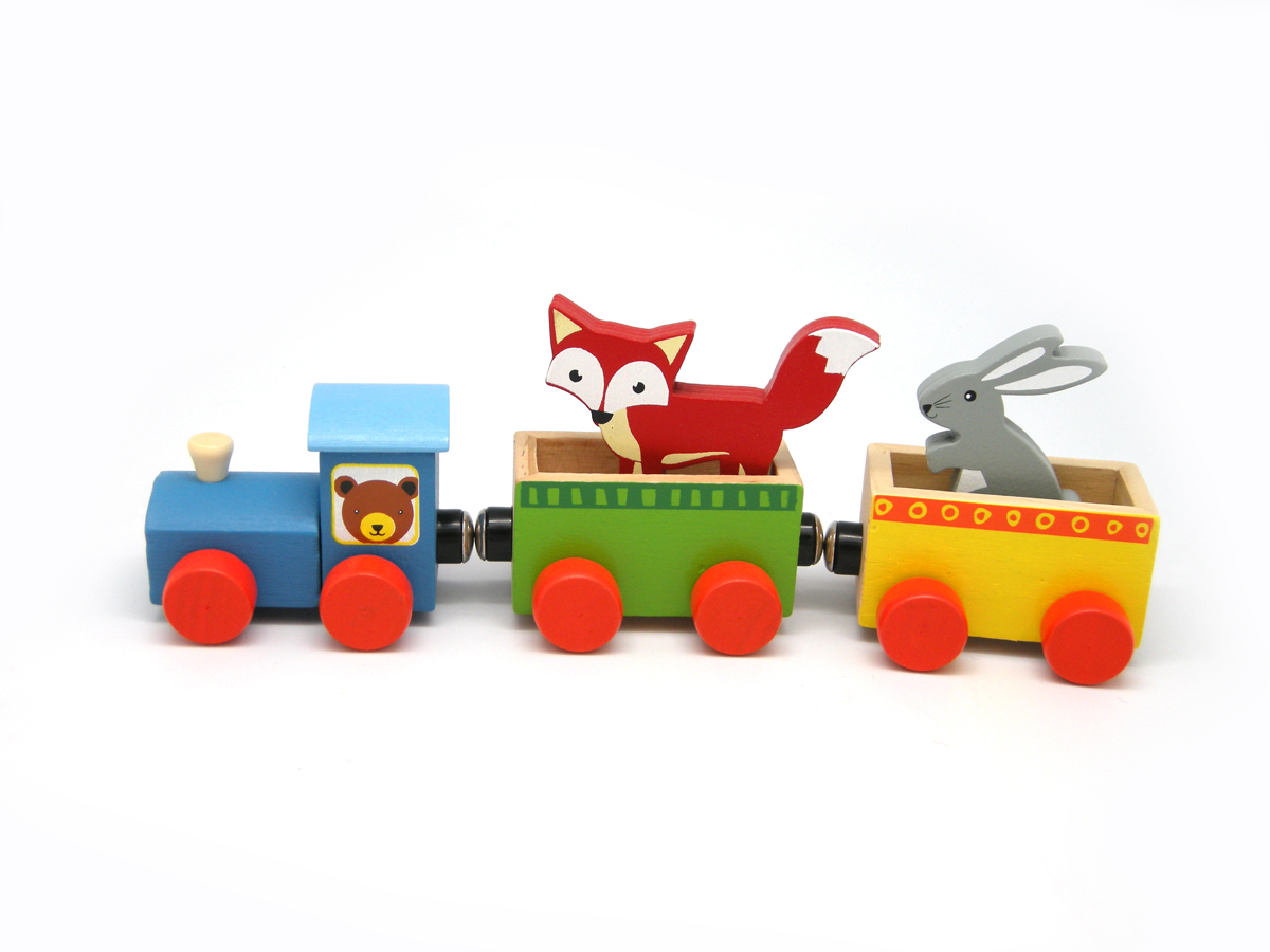 eleganter-wooden-forest-animal-train-222