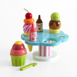 le-toy-van-carlos-gelato